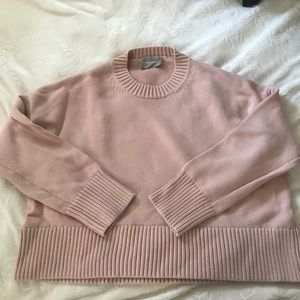 Everlane Cropped Knot sweater in Blush Pink. Small